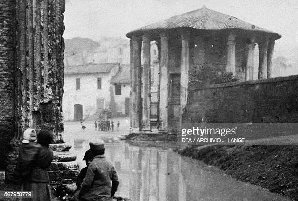 The Temple of Vesta or Hercules Victor during a flood photograph by Ettore Roesler Franz Italy 19th century