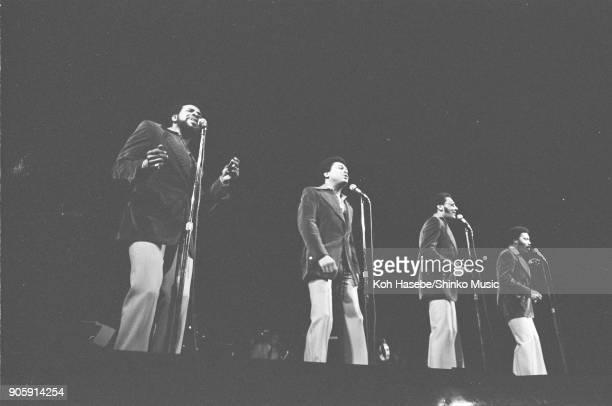 The Temptations live at Shibuya Kokaido Hall, February 1974, Tokyo, Japan. Melvin Franklin, Dennis Edwards, Richard Street, Damon Harris.
