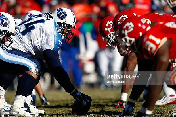 The Tennessee Titans line up against the Kansas City Chiefs on the line of scrimmage during the game on December 16, 2007 at Arrowhead Stadium in...