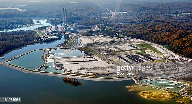 The Tennessee Valley Authority Power Plant stands in this aerial photo taken in Kingston Tennessee US on Tuesday Oct 25 2011 In December 2008 the...
