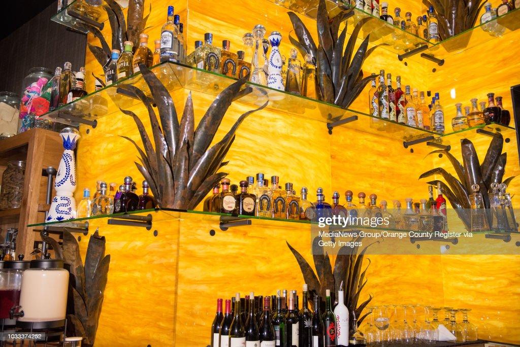 bar na plaży Huntington Beach randki z jaskiniami