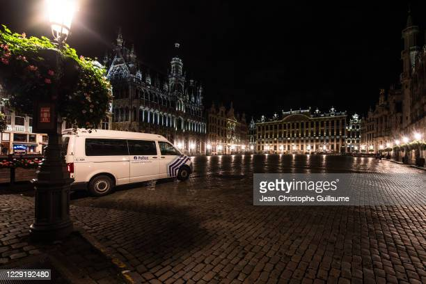 The terraces of the restaurants of the Grand-Place in Brussels are closed for a minimum of one month on October 20, 2020 in Brussels, Belgium. Bars...