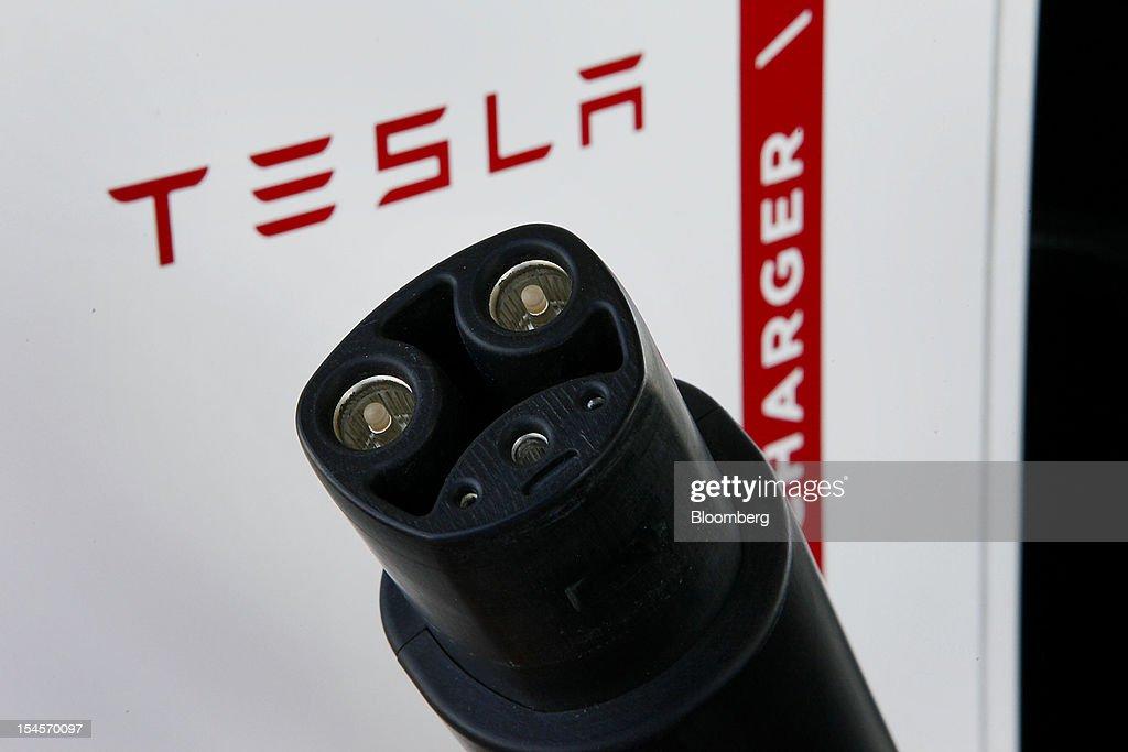 Tesla Motors Supercharger Station : News Photo