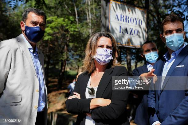 The third vice president and minister for Ecological Transition, Teresa Ribera , with the president of the Hydrographic Confederation of the Tagus ,...