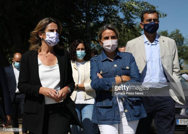 The third vice-president and minister for Ecological Transition, Teresa Ribera , with the mayor of Toledo, Milagros Tolon , and the president of the...