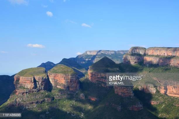 the three rondavels south africa - マプマランガ州 ストックフォトと画像