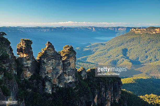 The Three Sisters and Jamison Valley, Blue Mountai