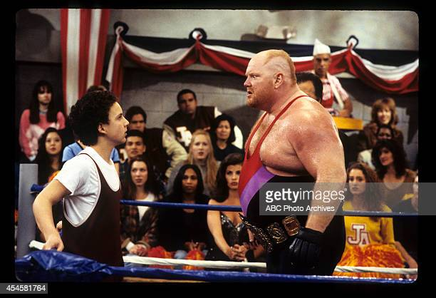 WORLD The Thrilla' in Phila Airdate May 5 1995 BEN SAVAGELEON ALLEN WHITE