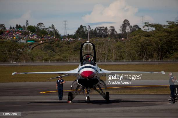 The Thunderbirds an EEUU air force combat command unit made up of 8 pilots on board F16 Fighting Falcon aircraft during a perform at International...