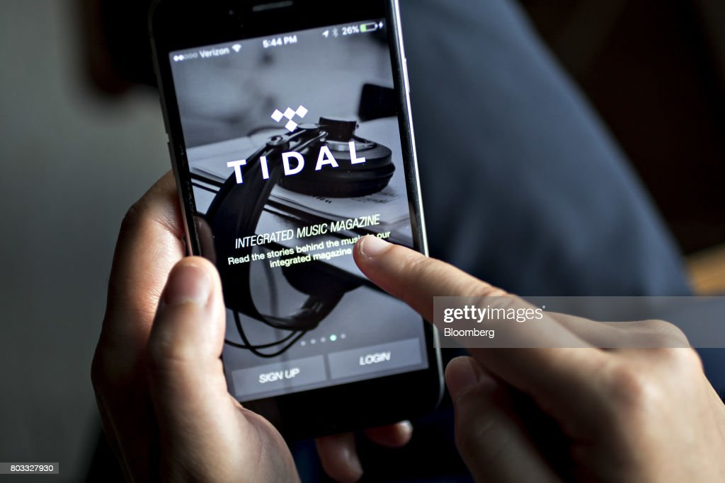 The Tidal Application Is Demonstrated For A Photograph On An Apple News Photo Getty Images