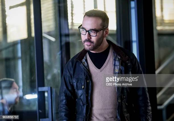 'The Tipping Point' Pictured Jeremy Piven as Jeffrey Tanner Cavanaugh investigates the murder of a top Sophe user who filled his basement with...