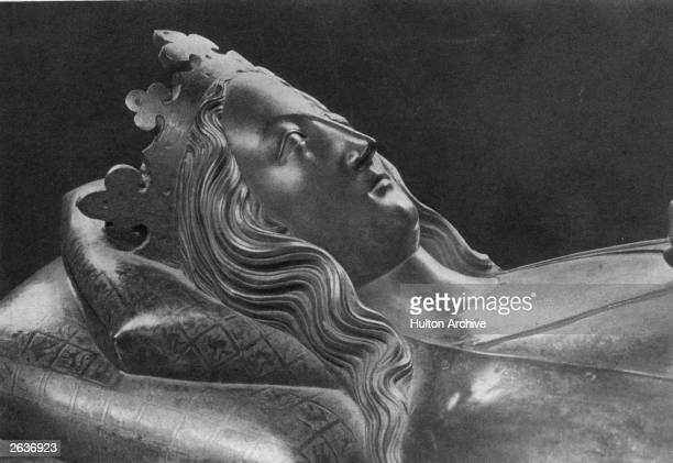 The tomb of Queen Eleanor , Queen of Edward I whom she married in 1254. She was the half sister of King Alfonso X of Leon and Castile.