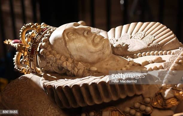 The tomb of Queen Elizabeth I lies in Westminster Abbey on November 7 2008 in London The Abbey will hold a Festival of Commemoration to mark the...