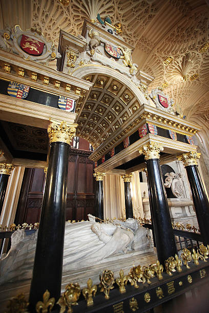 the tomb of elizabeth i is prepared for the 450th