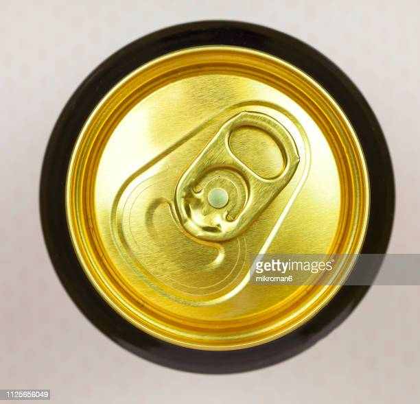the top of an aluminum drink can - high section stock pictures, royalty-free photos & images