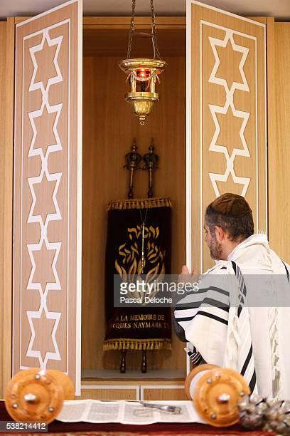 the torah ark or aron kodesh. - rabbi stock pictures, royalty-free photos & images