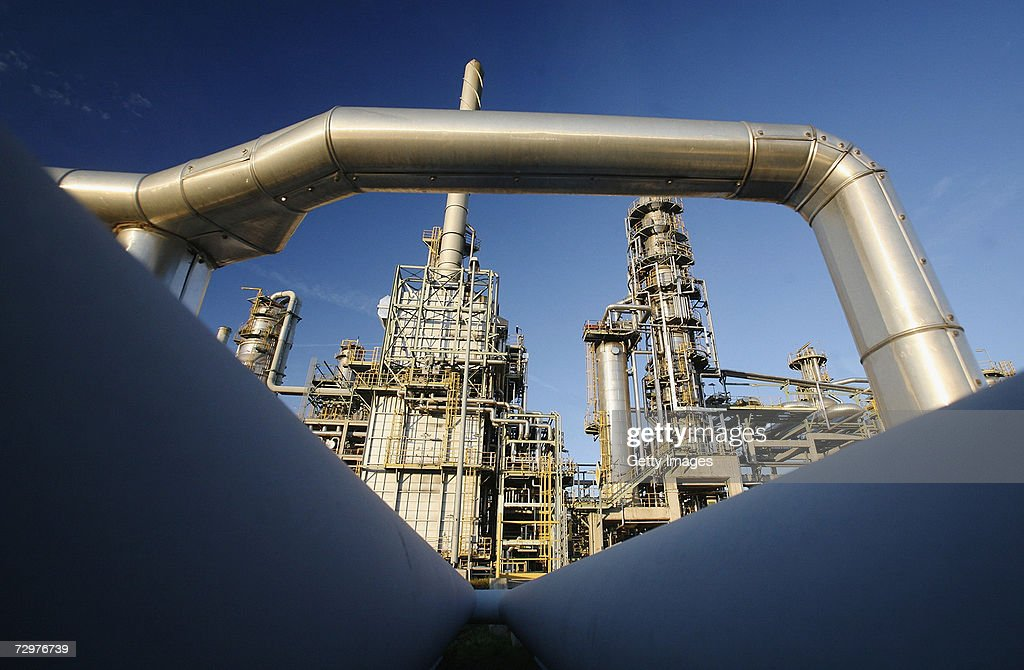 Russian Oil Stops Flowing To Western Europe Thru Belarus : News Photo