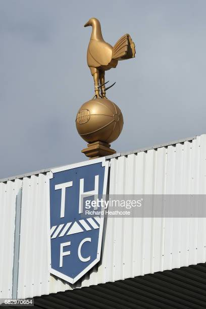 The Tottenham Hotspur club badge is seen prior to the Premier League match between Tottenham Hotspur and Manchester United at White Hart Lane on May...
