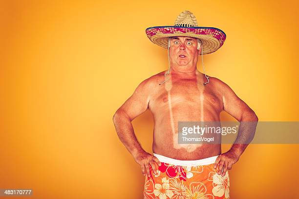 the tourist-cool kamera sombrero humor hawaiian - tourist stock-fotos und bilder