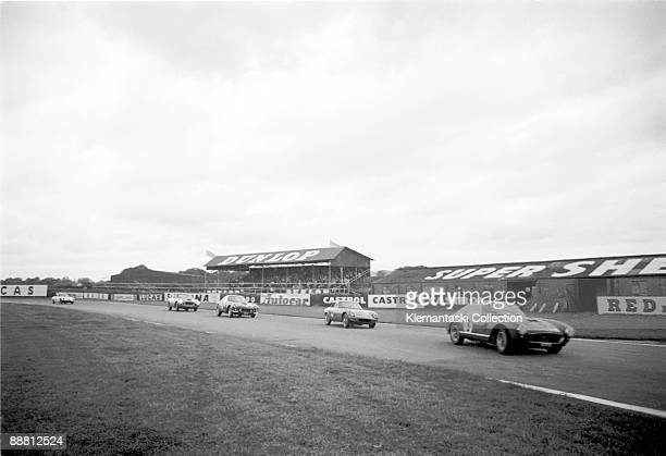 The Tourist Trophy Goodwood August 20 1960 A sting of cars bends into Fordwater with the Ferrari 250GT of Colin Davis leading