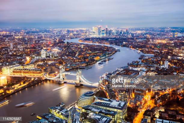 the tower bridge and river thames at dusk, london, uk - river thames stock pictures, royalty-free photos & images