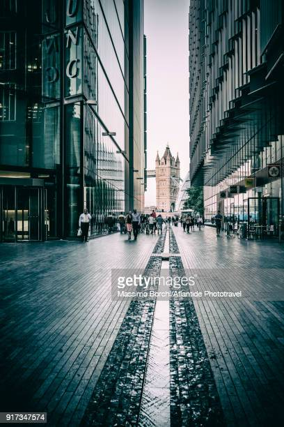 the tower bridge and the rill from more london - image stock pictures, royalty-free photos & images