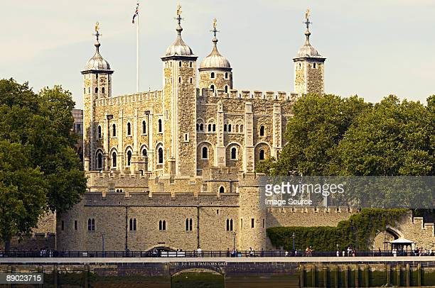 the tower of london - tower of london stock pictures, royalty-free photos & images