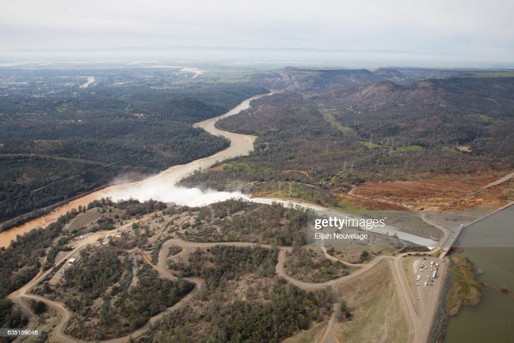 The town of Oroville is seen downstream from the Oroville Dam from the air on February 13, 2017 in Oroville, California. Almost 200,000 people were ordered to evacuate the northern California town after a hole in the emergency spillway in the Oroville Dam threatened to flood the surrounding area.