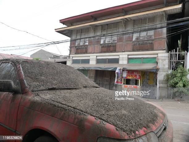 The town of Taal still covered with thick ash is now empty of people Police have begun to implement and search people who are still in the 14km...