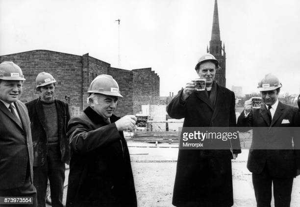The traditional toast at the end of the toppingout ceremony at the ø2 million De Vere Hotel adjoining Coventry Cathedral The final layer of concrete...