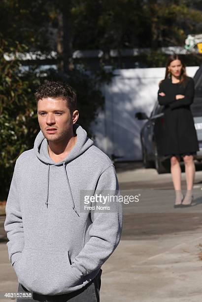 """The Trail"""" - Ben is out for his usual morning jog when he comes upon the body of young Tom Murphy. After the news begins to spread throughout town,..."""