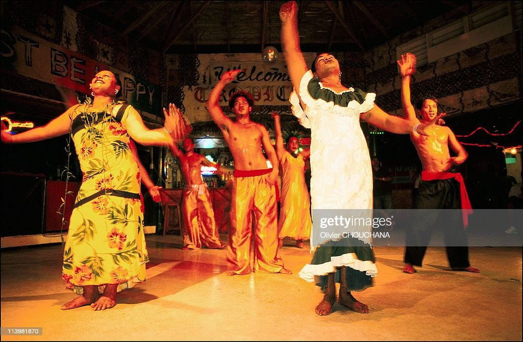 The Transformation Island: The fa'afafines of the Samoa islands in Apia, Samoa in 2005- : News Photo