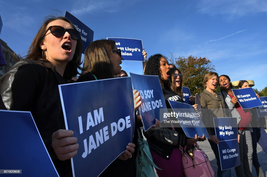 Protest in Support of 'Jane Doe' to Have an Abortion : News Photo