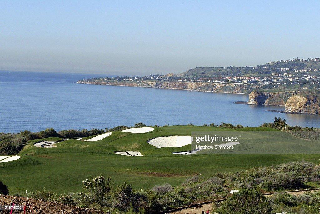 "Donald Trump Unveils The ""Trump National Golf Club"" : News Photo"