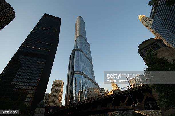 CONTENT] The Trump Tower Chicago Chicago River 2011