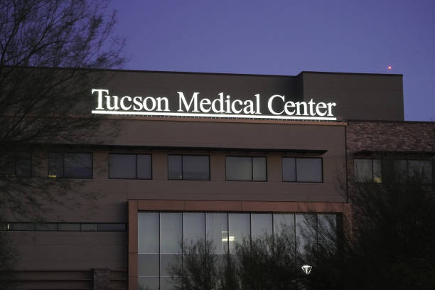 AZ: Tuscon Medical Center Administers Covid-19 Vaccinations To Group 1B
