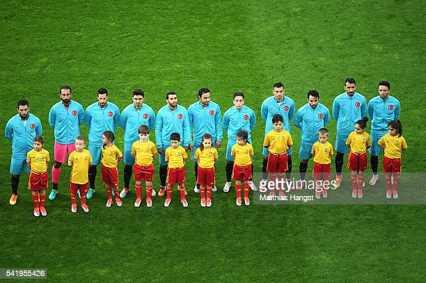The Turkey team line up prior to the UEFA EURO 2016 Group D match between Czech Republic and Turkey at Stade BollaertDelelis on June 21 2016 in Lens...