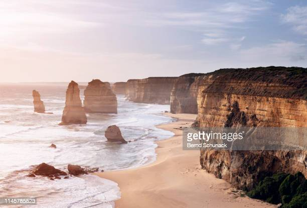 the twelve apostles sunset - bernd schunack stock pictures, royalty-free photos & images