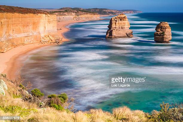 the twelves apostles on the great ocean road - lagarde stock pictures, royalty-free photos & images