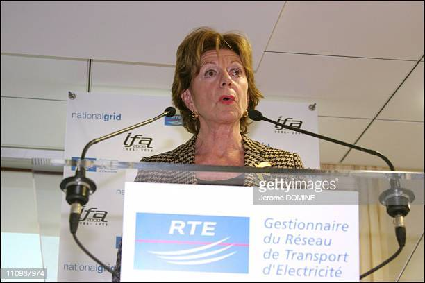 The twenty years of electrical interconnection FranceEngland Neelie Kroes European Commissioner for Competition in Calais France on November 30th 2006