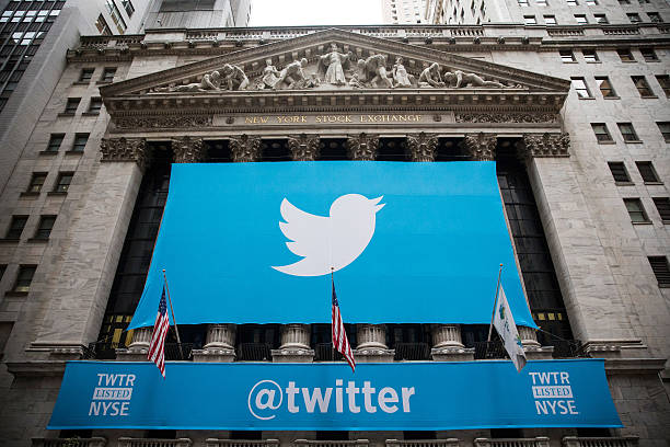 Twitter Goes Public On The New York Stock Exchange Photos And Images