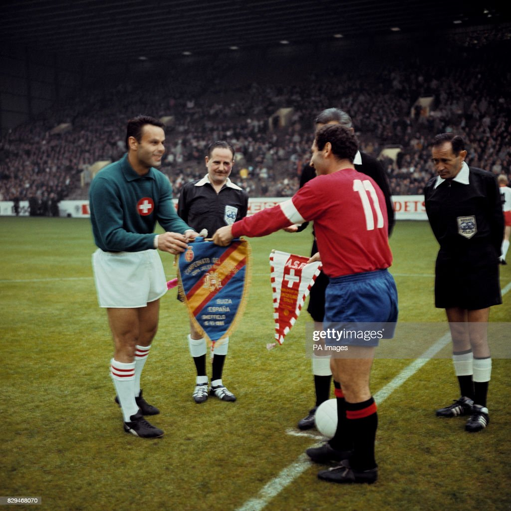 Soccer - World Cup England 1966 - Group Two - Spain v Switzerland : News Photo