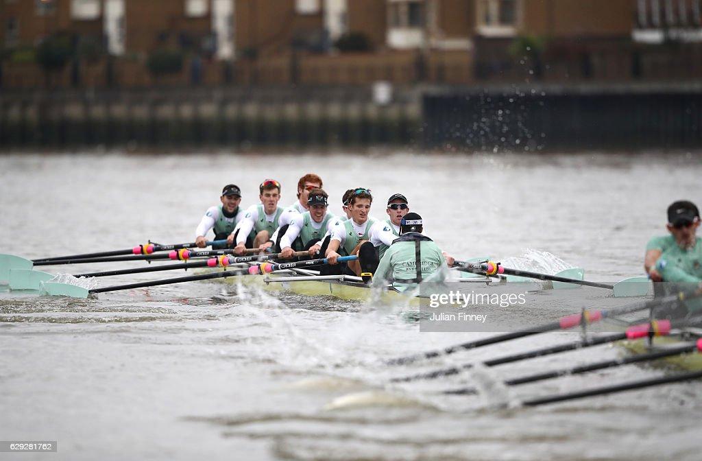 BNY Mellon Boat Race - Cambridge Trial Eights : Foto di attualità