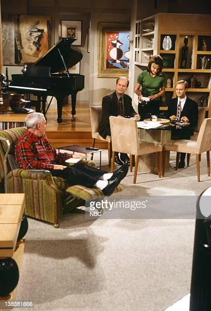 FRASIER The Two Mrs Cranes Episode 1 Pictured John Mahoney as Martin Crane Kelsey Grammer as Doctor Frasier Crane Jane Leeves as Daphne Moon David...