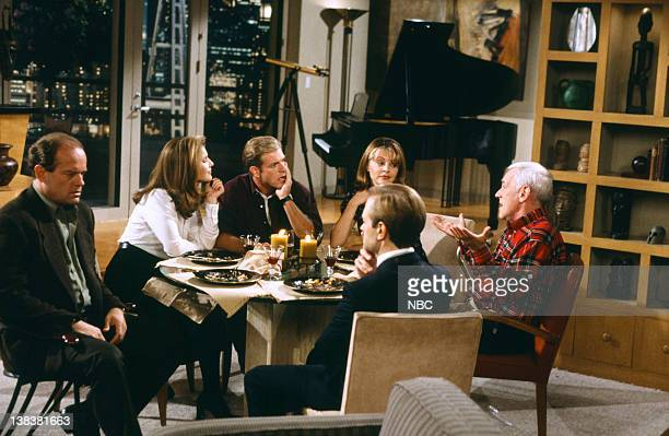 FRASIER The Two Mrs Cranes Episode 1 Pictured Kelsey Grammer as Doctor Frasier Crane Peri Gilpin as Roz Doyle Scott Atkinson as Clive Jane Leeves as...