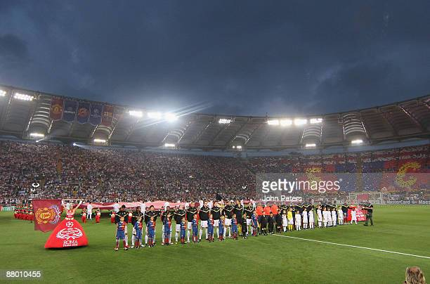 The two teams line up ahead of the UEFA Champions League Final between FC Barcelona and Manchester United at the Stadio Olimpico on May 27 2009 in...