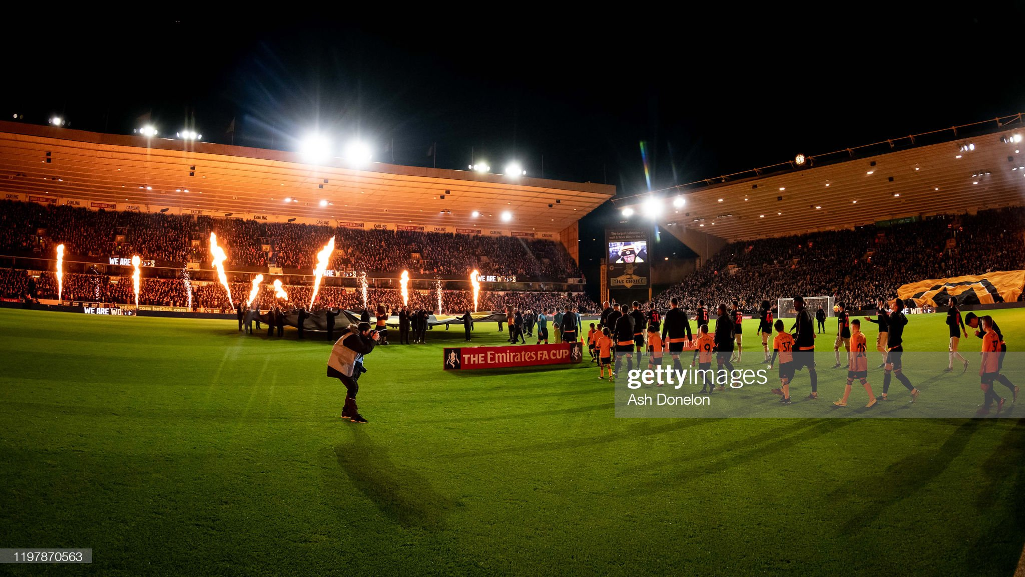 Wolverhampton Wanderers v Manchester United - FA Cup Third Round : News Photo