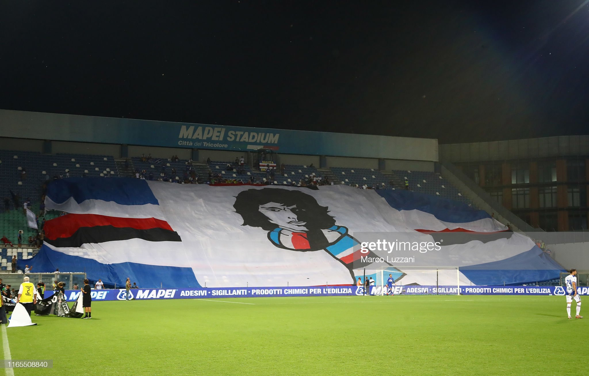 the-uc-sampdoria-fans-show-their-support-before-the-serie-a-match-us-picture-id1165508840?s=2048x2048