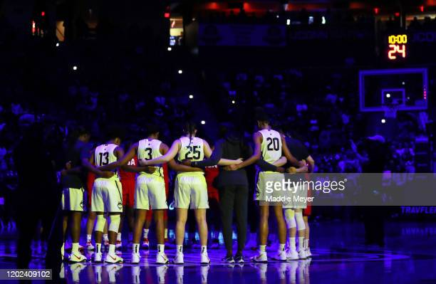 The UConn Huskies and the United States huddle together for a moment of silence to honor Kobe Bryant before USA Women's National Team Winter Tour...