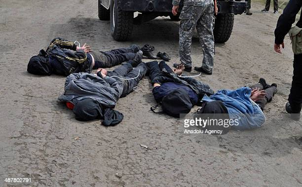 The Ukrainian Ministry of Defense announced that four pro-Russian separatists, who shot allegedly two Ukrainian helicopters down detained in Donetsk,...